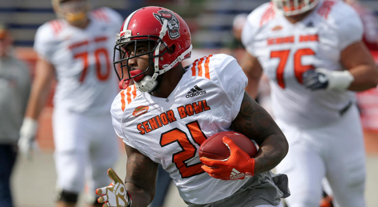 huge selection of c9f2a 7c281 Steelers Sign First Draft Pick | 93.7 The Fan