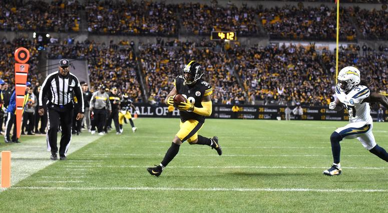 Pittsburgh Steelers running back Jaylen Samuels