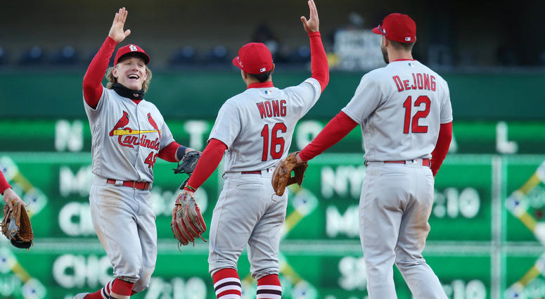 Cardinals celebrate win over Bucs