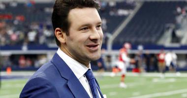CBS football analyst Tony Romo