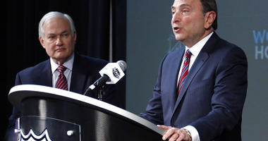 NHL Commissioner Gary Bettman, right, and NHL Player's Association Executive Director Donald Fehr