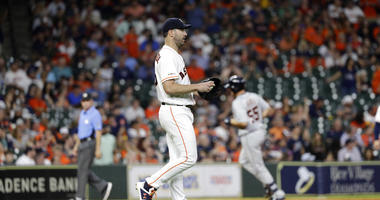Astros Defend Decision Do Restrict Reporter From Clubhouse