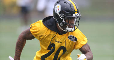 Steelers CB Cam Sutton practices