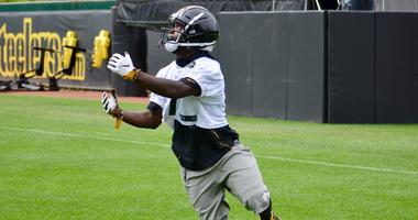 Steelers WR Eli Rogers at practice in 2019