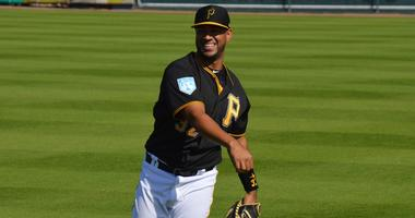 Elias Diaz throwing