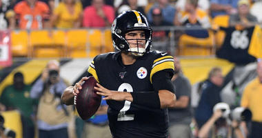 Mason Rudolph #2 of the Pittsburgh Steelers drops back to pass