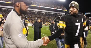 Mike Tomlin & Ben Roethlisberger shake hands