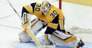 Pittsburgh Penguins goaltender Matt Murray makes a save against the Columbus Blue Jackets