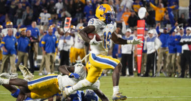 Pitt Rallies Past Duke 33-30 After Blowing 23-Point Lead