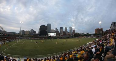 Riverhounds Score Two Late To Tie Nashville
