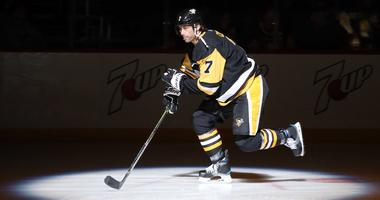 Pittsburgh Penguins center Matt Cullen (7) takes the ice against the Carolina Hurricanes during the first period at PPG PAINTS Arena.