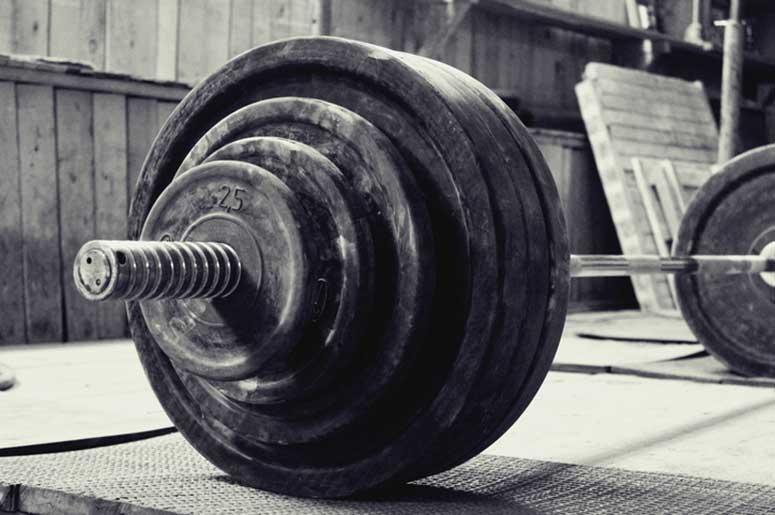 Arkansas woman 'Granny Hulk' deadlifts 305 pounds, breaks world
