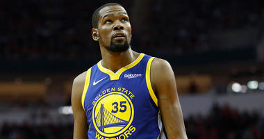 Kevin Durant plays for the Warriors in the 2018 NBA postseason.