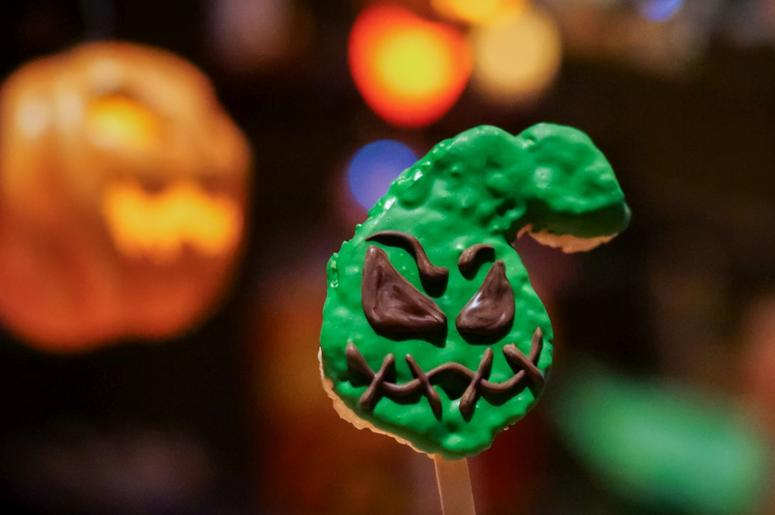 Oogie Boogie-Inspired Rice Crisped Treat