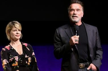 Arnold Schwarzenegger and Linda Hamilton
