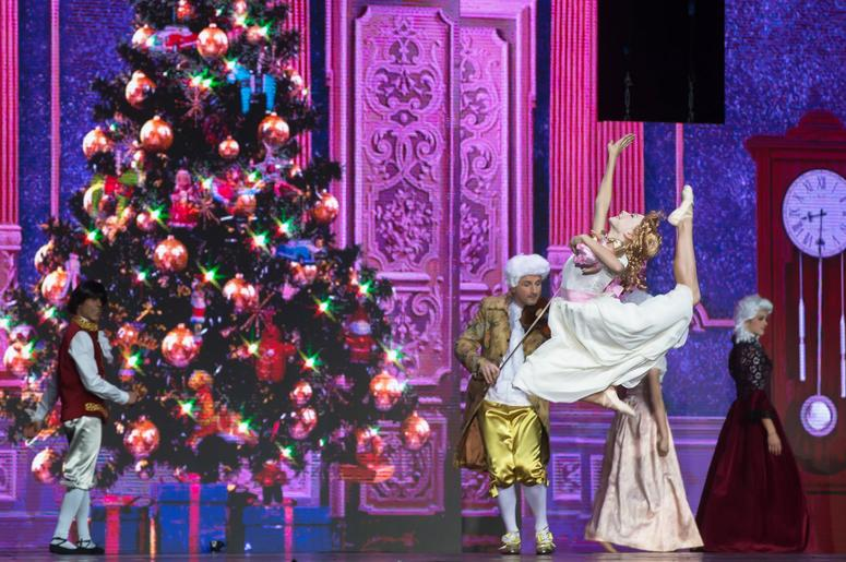 A Nutcracker Christmas Cast.High School Notes Lauren Kelly Is Cast In The Nutcracker