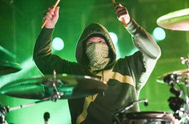 Josh Dun of Twenty One Pilots performs at the BB&T Center in Sunrise, Florida on November 4, 2018