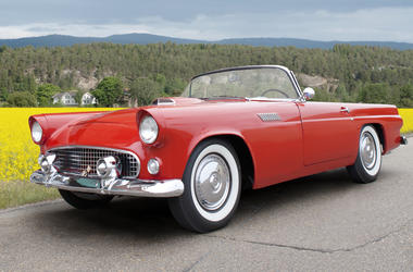 Ford Thunderbird 1956 (Photo credit: Getty Images)