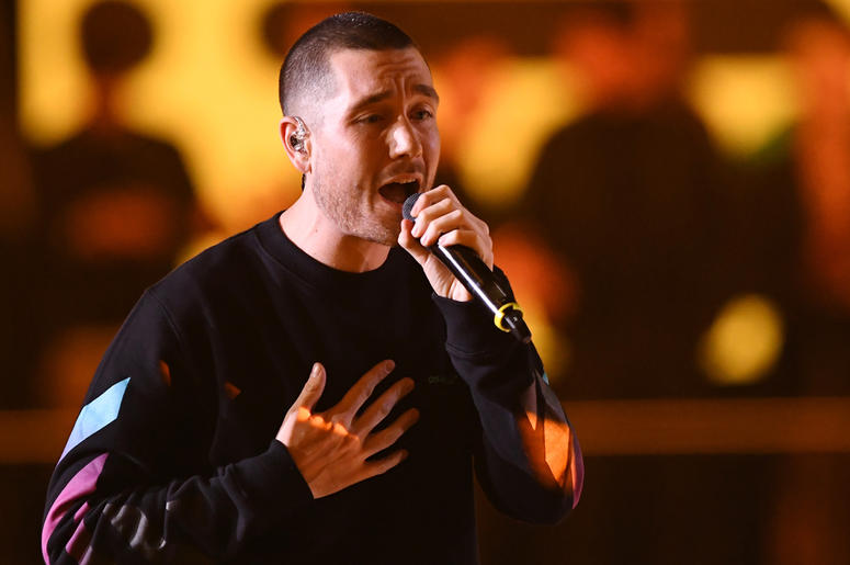 BILBAO, SPAIN - NOVEMBER 04: Dan Smith of Bastille performs on stage during the MTV EMAs 2018 at Bilbao Exhibition Centre on November 4, 2018 in Bilbao, Spain. (Photo by Stuart C. Wilson/Getty Images for MTV)
