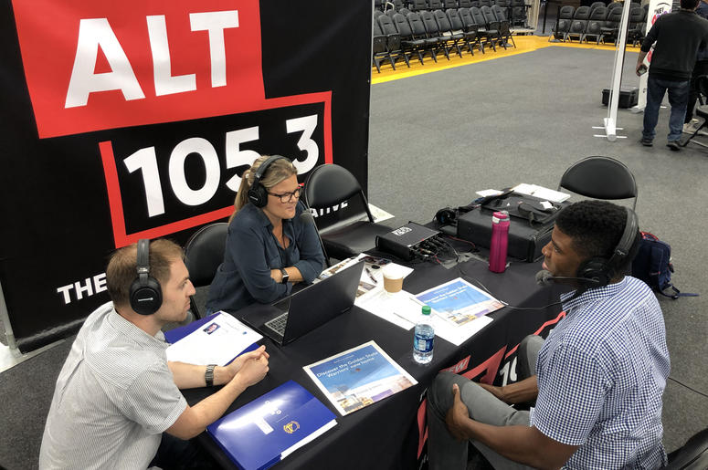 Kelenna Azubuike with DK and Dallas