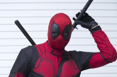 Deadpool Plays Every Character in Infinity War