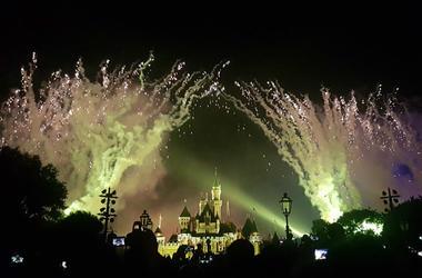 Disney,Float,Parade,Fire,Maleficent,Festival of Fantasy,Magic Kingdon,Video,100.3 Jack FM
