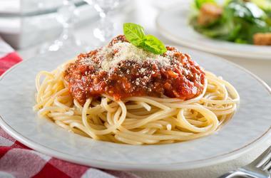 Pasta, Spaghetti Bolognese, Cheese, Basil, Restaurant