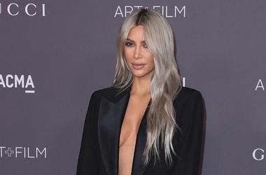 Kim Kardashian Shares Lots Of Nude Pics