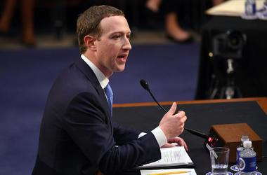 Mark Zuckerber Had To Use Booster Seat At Trial