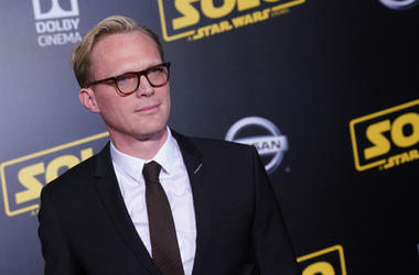 Paul Bettany,Text,The Tonight Show,Jimmy Fallon,Funny,Beg,Star Wars,Solo,Ron Howard,Cast,Video,100.3 Jack FM