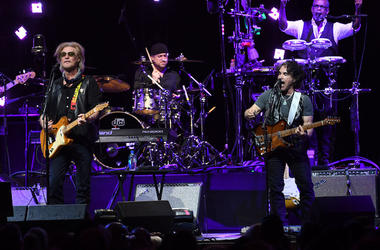 Daryl Hall, John Oates, Hall and Oates, Concert, Singing