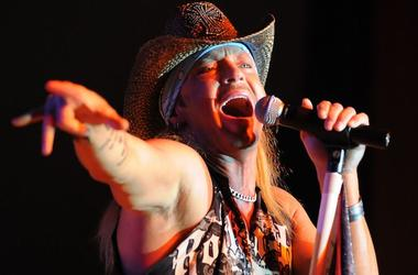 Bret Michaels, Posion, Singing, Concert, Oneida Bingo & Casino, 2010