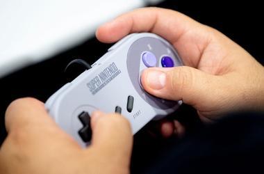 Super Nintendo, Video Game, Controller, Hands, Fanboy Expo, 2019