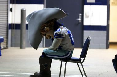 Dallas Cowboys Mascot Rowdy