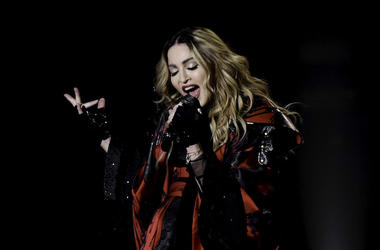 Madonna, Concert, Singing, American Airlines Arena, 2016