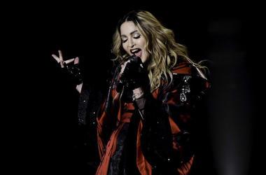 Madonna, Live, Concert, Singing, American Airlines Arena, Rebel Heart Tour, 2016