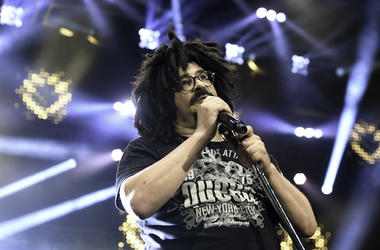 Adam Duritz, Counting Crows, Concert, Sining, Perfect Vodka Amphitheatre, Lasers, 2016
