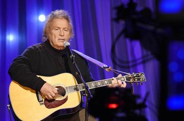 Don McLean, Singing, Concert, Guitar, Sitting