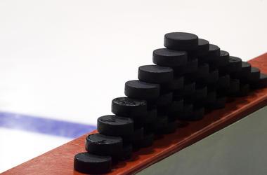 Hockey Pucks, Rink, Ice, White Background, Blur