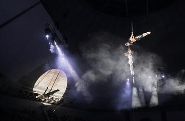 Trapeze Artists, Circus
