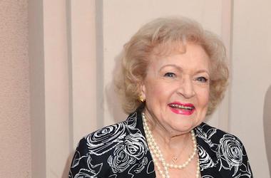 Betty White, Smile