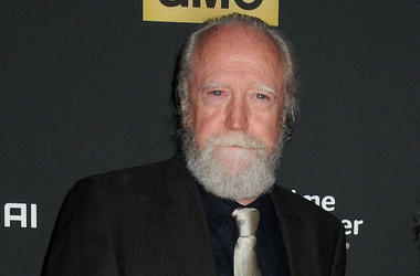 Scott Wilson, Suit, Red Carpet, Walking Dead
