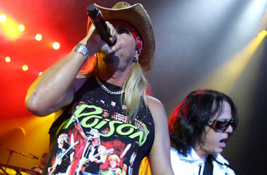 Poison, Concert, Bret Michaels, Singing, Microphone, Bobby Dall