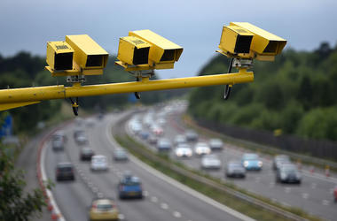 Speeding, Speed Camera, Highway, Cars, Driving,