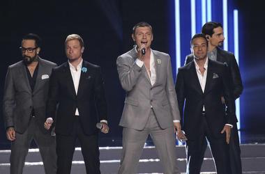Backstreet Boys, Concert, Singing, Suits