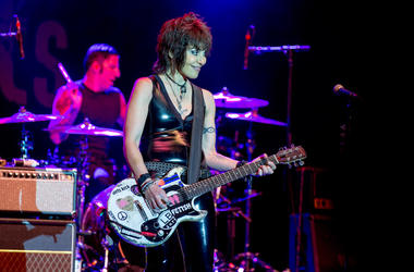 Joan Jett, Concert, Guitar, Smile
