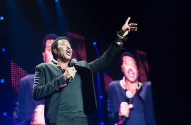 Lionel Richie, Concert, Singing, Barclaycard Arena, 2016