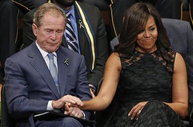Michelle Obama, George W Bush, Holding Hands, Dallas, Meyerson Symphony Center, Memorial, 2016