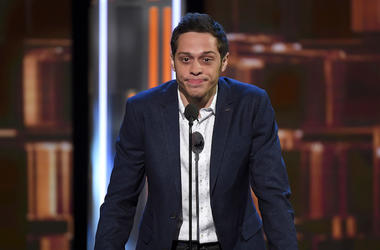 Pete Davidson, Comedy Central Roast, Blue Suit, Microphone