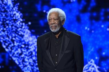 Morgan Freeman, 6th Annual Breakthrough Prize, Stage, Black Suit, 2017
